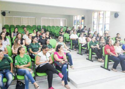 Professores e profissionais se preparam para volta às aulas
